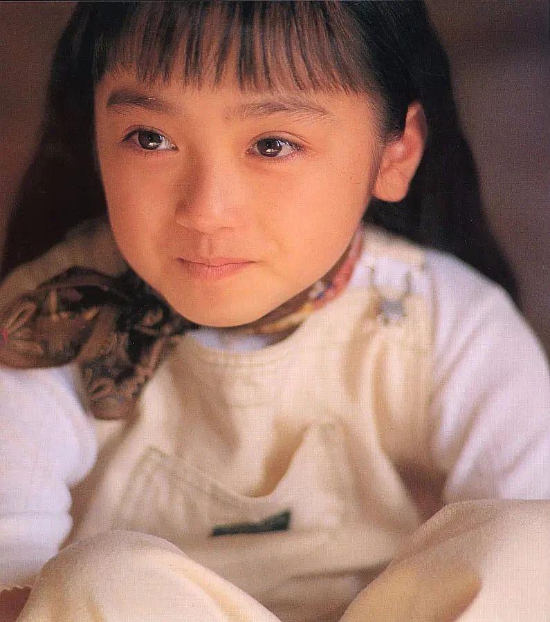 奇迹童颜女演员安达佑实写真作品 (17)
