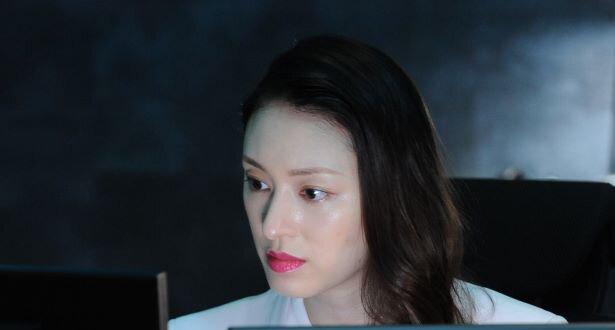 凶狠的少女杀手栗山千明勇于挑战一路成长为成熟独立的御姐 (9)