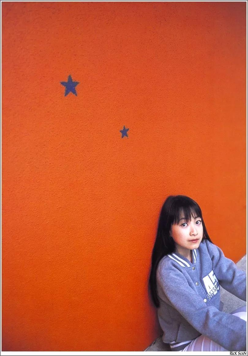 形象纯过蒸馏水的黑川智花《少女觉醒》的写真作品 (82)