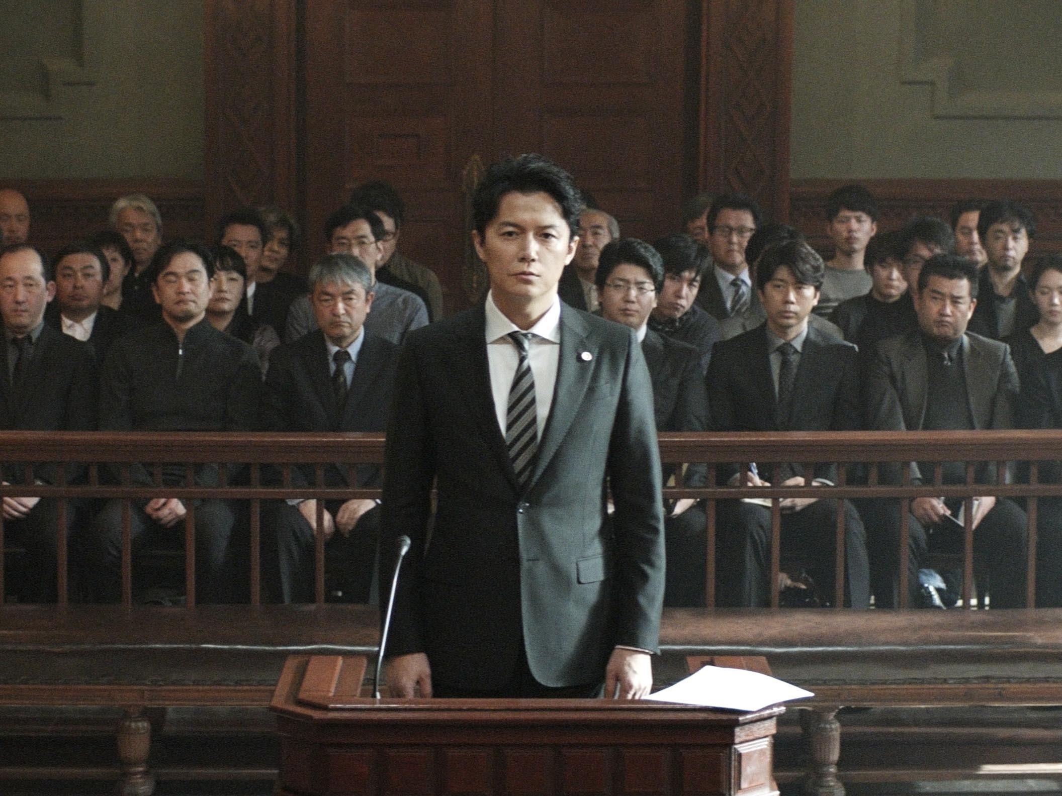 日本悬疑电影《第三度嫌疑人》用自己的死保护了那仅有的一丝人性 (5)
