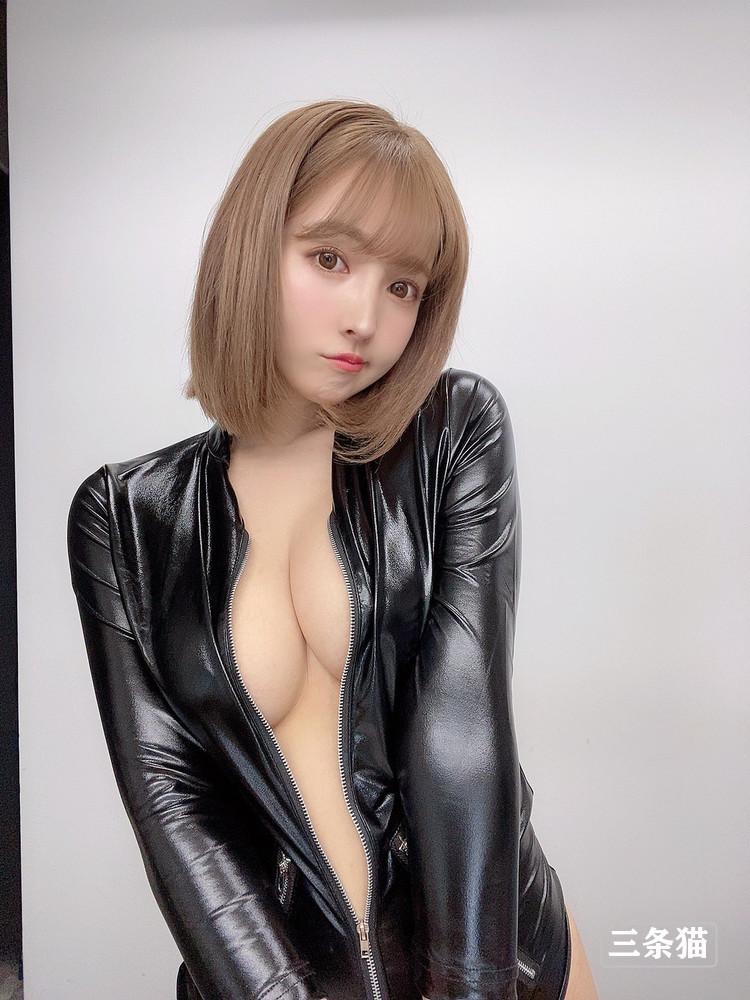 三上悠亜(三上悠亞,Mikami-Yua)黄金的身体,最强的技巧!