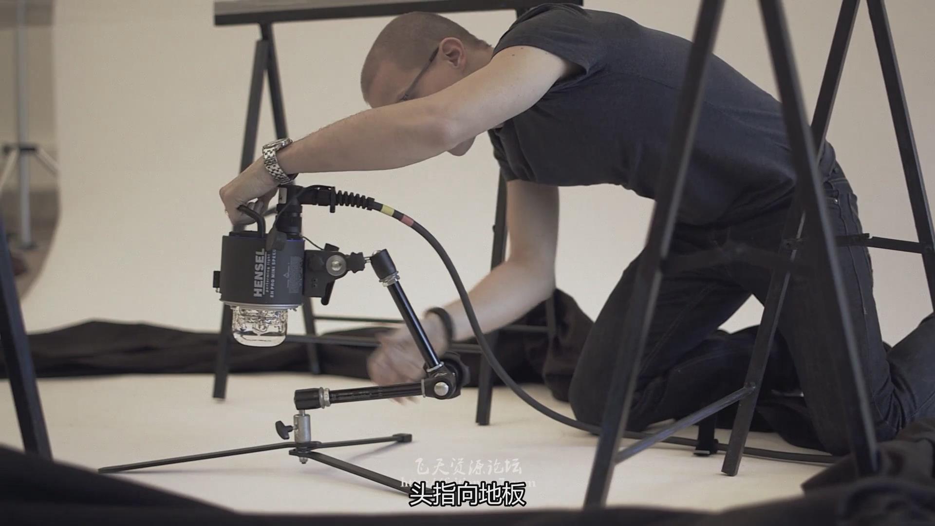 摄影教程_Fstoppers-Andreas H. Bitesnich商业人体私房摄影布光教程(中文字幕) 摄影教程 _预览图2