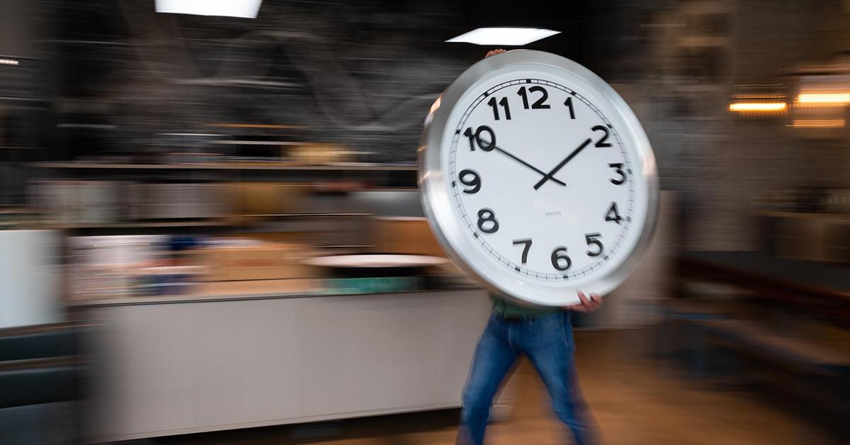 163网赚论坛:合理利用时间方能快速成功