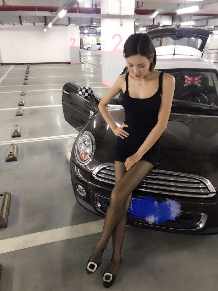 你们还记得《我的媳妇是车模》这个系列吗?