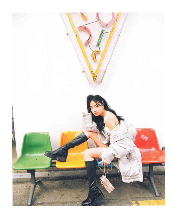 性感小猫 NMB48村濑纱英首本写真集『Sがいい』