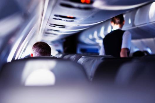 为什么印度是空姐的终极噩梦?业内深扒崩溃细节