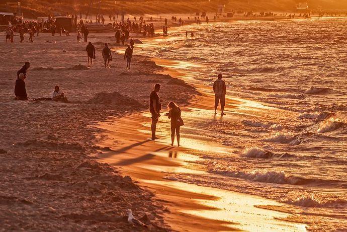 beach-4329694__480