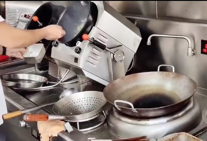 你会选择自动炒菜机吗?